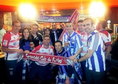 2013 - Buen ambiente con la afición local en Granada