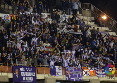 2013 - Afición pucelana en el Estadio de Vallecas